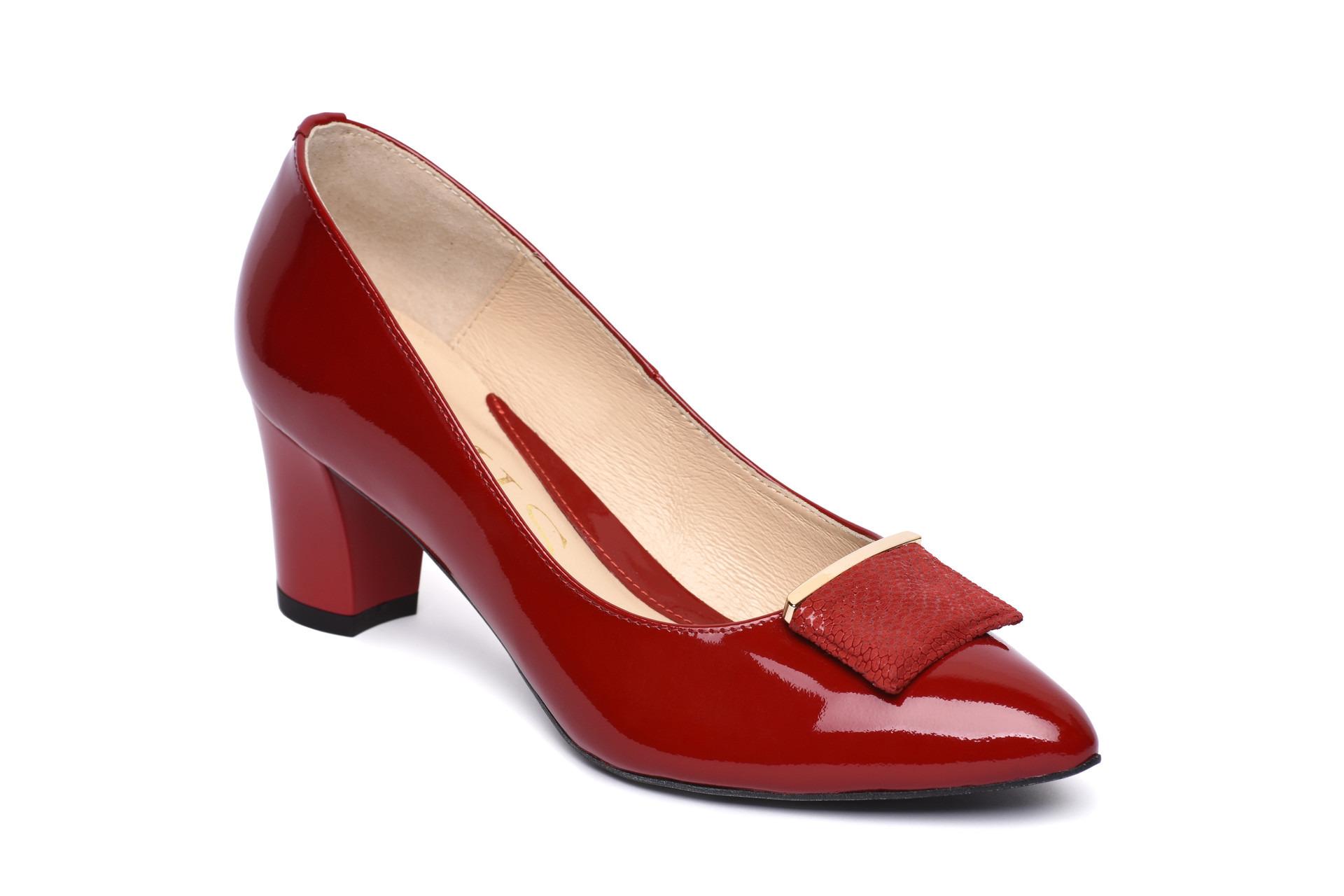 1e383b95b502 GALLERY SHOES - Lodičky - Lodičky červené lakové s elegantnou ...