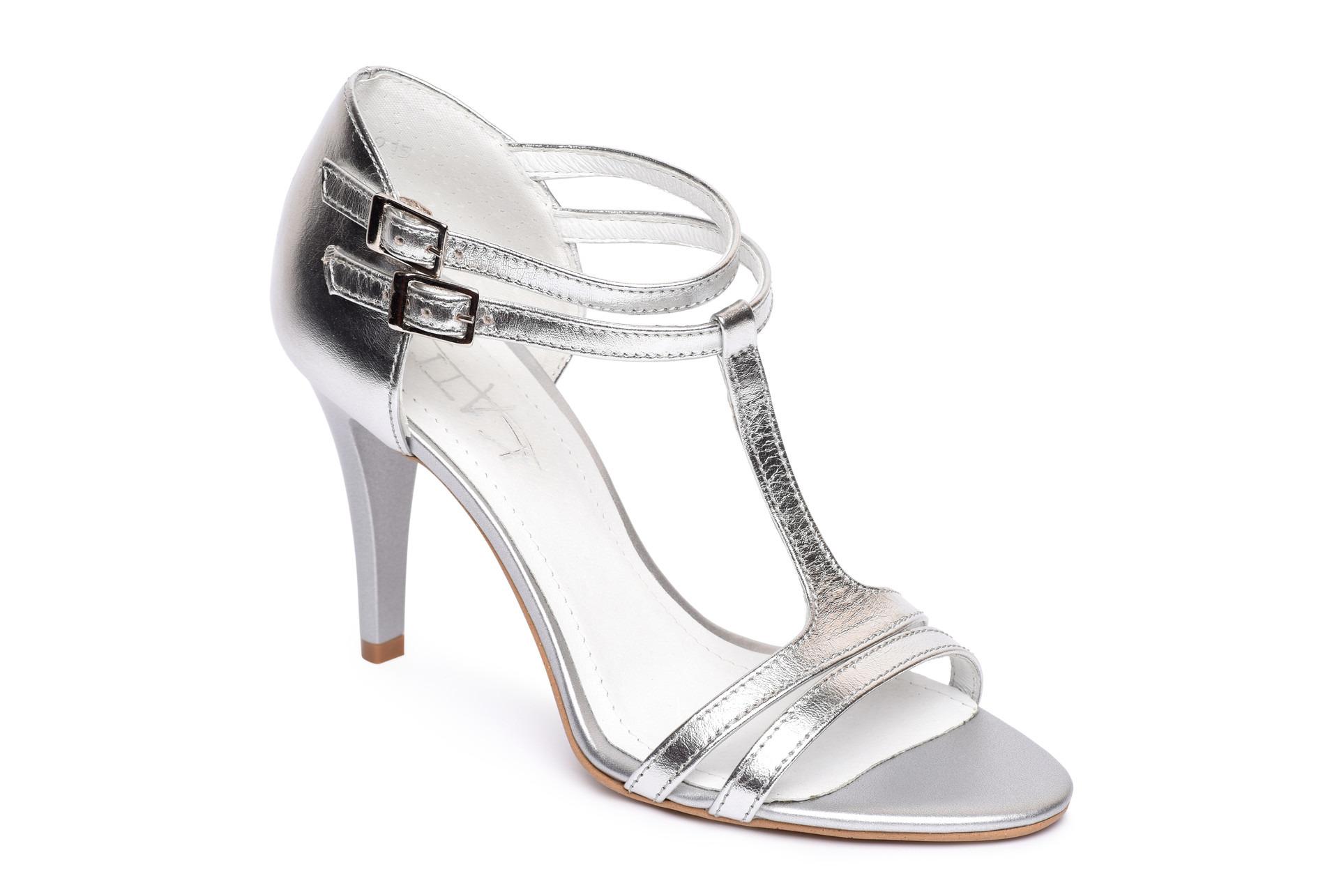 055a6bb930cc GALLERY SHOES - Sandále - Sandále strieborné spoločenské s pevnou ...